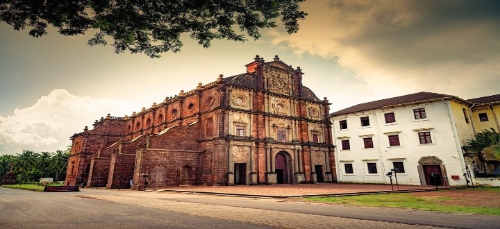 basilica-of-bom-jesus-in-goa