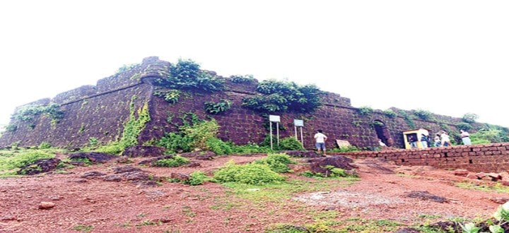 chapora-fort-in-goa