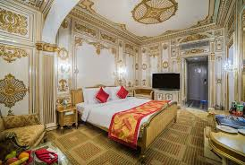 Sitara-Luxury-Hotel