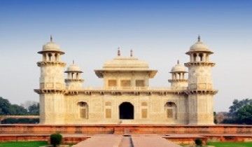 Full-Day Agra Tour Package by Car